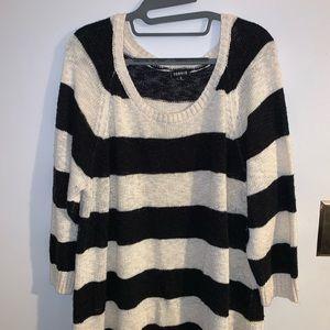 3/4 sleeve Torrid sweater